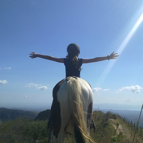 Monteverde horseback riding tours